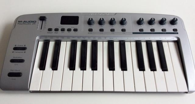 M-Audio Key Studio 25