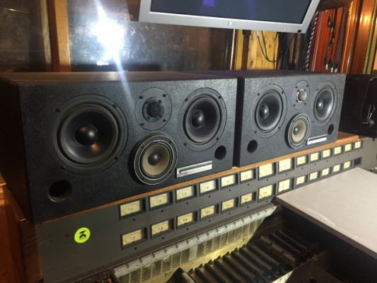 WESTLAKE AUDIO BBSM-6 + AMCRON D150A