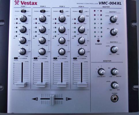 Vestax VMC-004XL