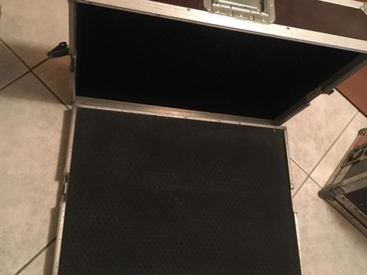 Flight case pedales