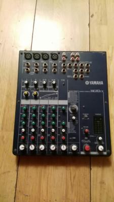Equipo de sonido completo.