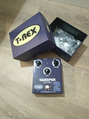 Pedal T-Rex Sweeper 2