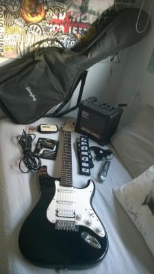 Fender Squier bullet strat + Roland Microcube