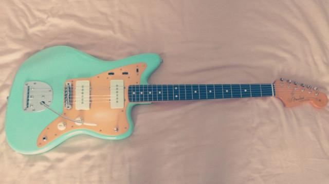 Fender Jazzmaster MIM (mejorada)