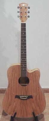 Guitarra Acústica Dreadnought Cutaway Sauce