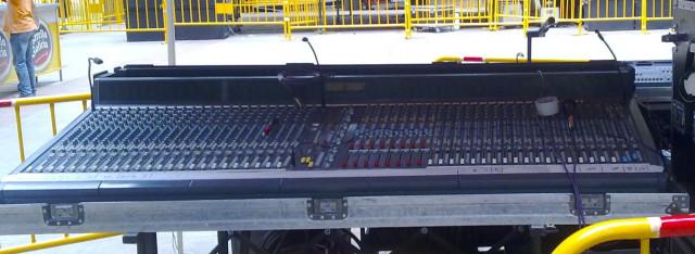 Soundcraft Viena 2 , 42 canales