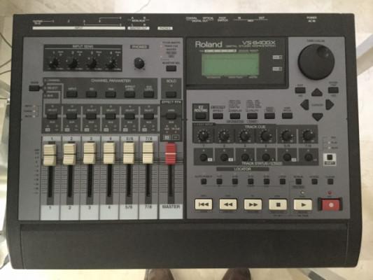 Estudió de grabación y mesa ROLAND VS-840GX Digital Studio