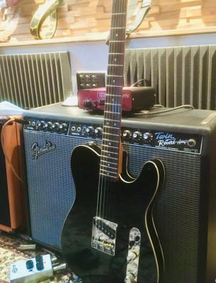 Fender Squier FSR custom esquire