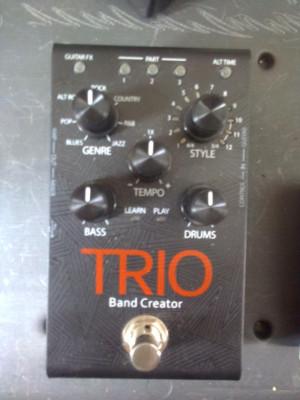 Digitech Trio Band