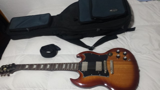 Epiphone sg  pro  1966 limited ediction