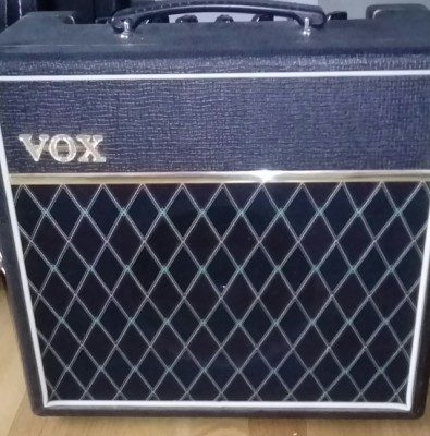 Vox Pathfinder 15