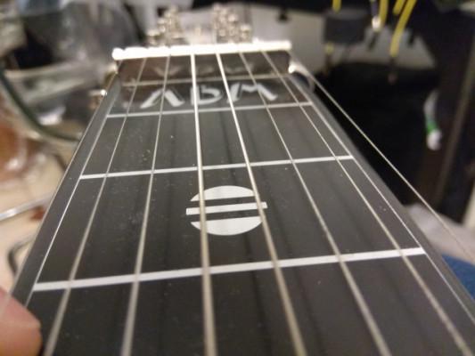 o Cambio: ABM Lap Steel 8 cuerdas