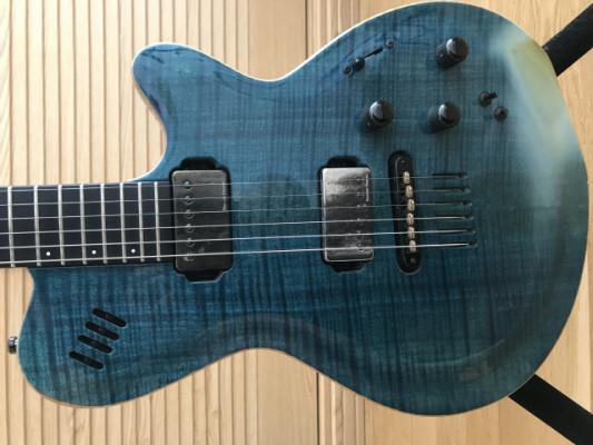Godin LGX-SA Trans Blue Flame AA