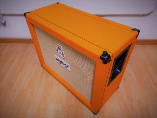 Pantalla Orange 2x12 V30 modelo open back (abierta)