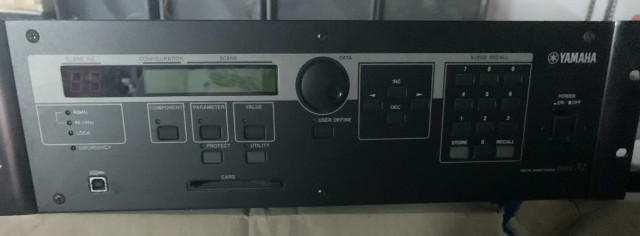 Yamaha DME 32 con tarjeta MY8AE