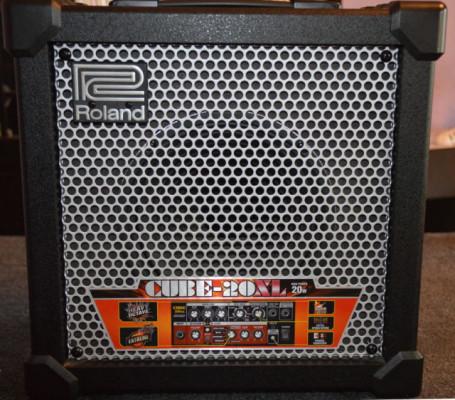 """Roland Cube 20XL 20W 8"""""""