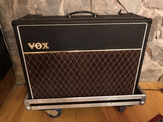 Amplificador guitarra VOX AC30C2 a válvulas  más flycase