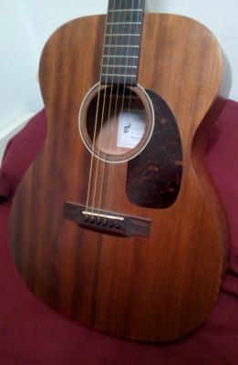 Guitarra acústica caoba sólida Harley Benton w/ Fishman