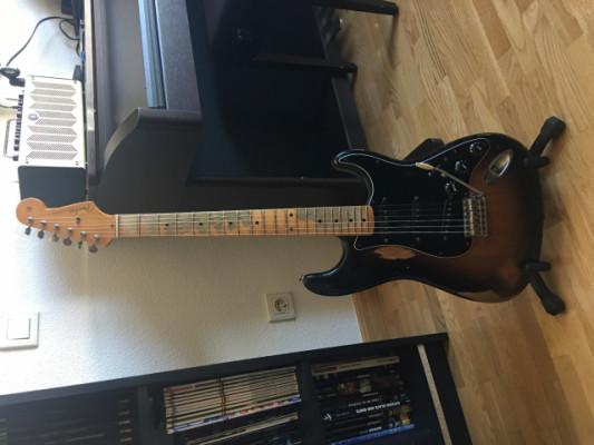 Fender Stratocaster Road Worm 50, sunburst relic.