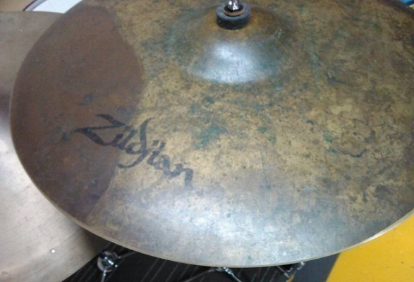 "Zildjian Earth Ride 20"" REBAJADO"