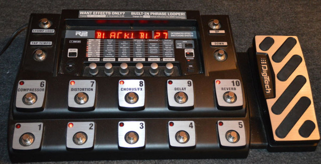 Multiefectos con previo de modelado Digitech RP 1000