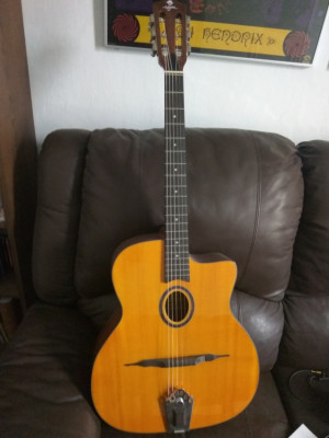 Guitarra acústica Gypsy Manouche