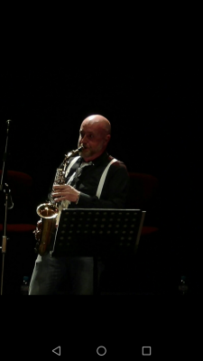 Saxofonista y clarinetista