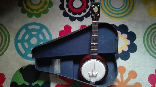 Ukelele Banjo Keech vintage