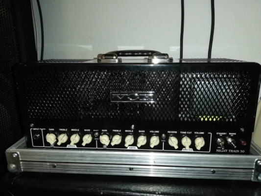 Amplificador de Guitarra Vox Night Train 50H-G2 con Flickcase y pantalla