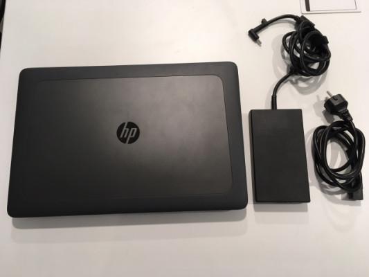 Workstation portátil HP ZBook 17 G4 Core i7, 8GB, SSD 256GB Turbo