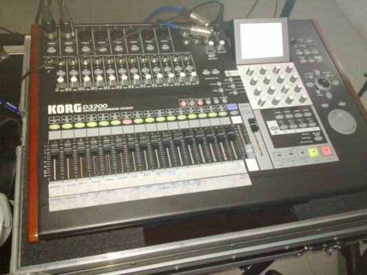 Grabadora multipistas Korg D3200