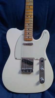 Fender Telecaster Road Worn-Empress