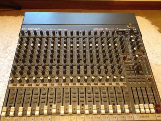 Mesa/tarjeta de sonido Phonic HB24 U
