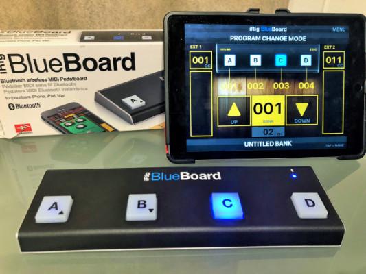 iRig BlueBoard. Pedalera Bluetooth