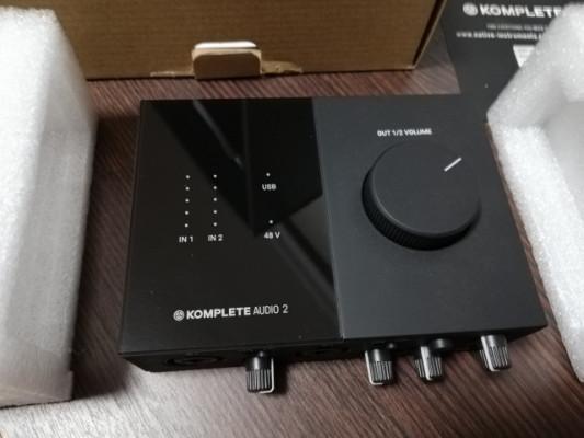 Native Instruments Komplete Audio 2 Interface de Audio