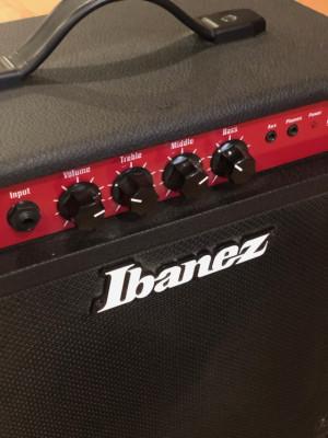 Amplificador bajo Ibanez Sound Waves 15 (NUEVO)