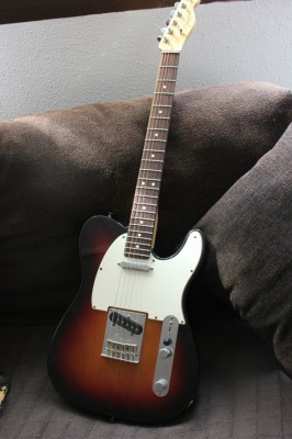 Fender AM Standard Tele RW 3TS 2011