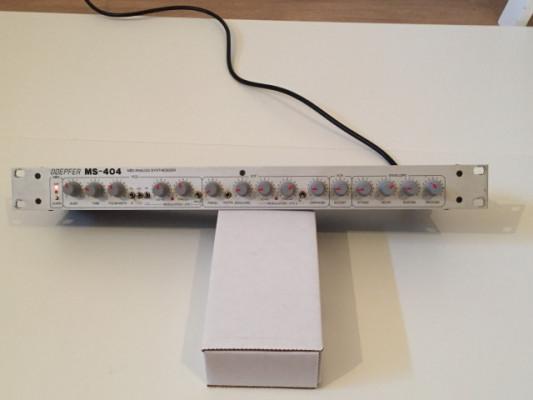 Doepfer MS-404 (303 clone)