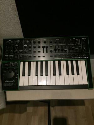 Roland Aira System 1 (Reservado)