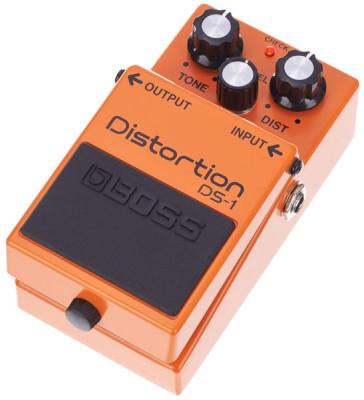Pedal de distorsión Boss DS-1