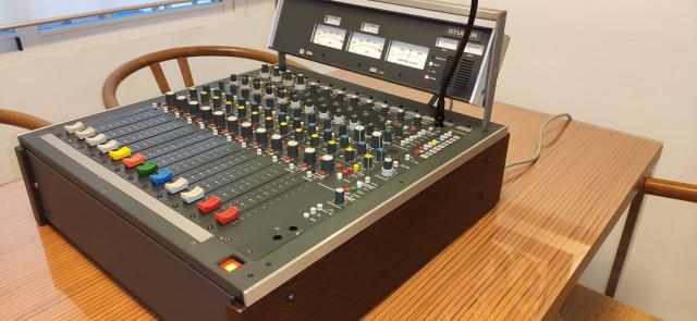 Studer 961 4 canales micro/linea mono + 6 canales linea estéreo
