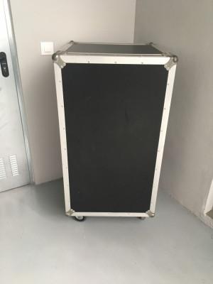 Mueble Rack 16 unidades - Fonestar FRM-170