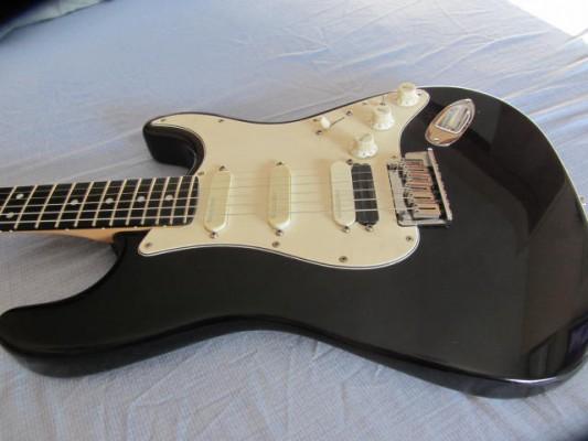 Fender Strat Ultra del 93 casi nueva