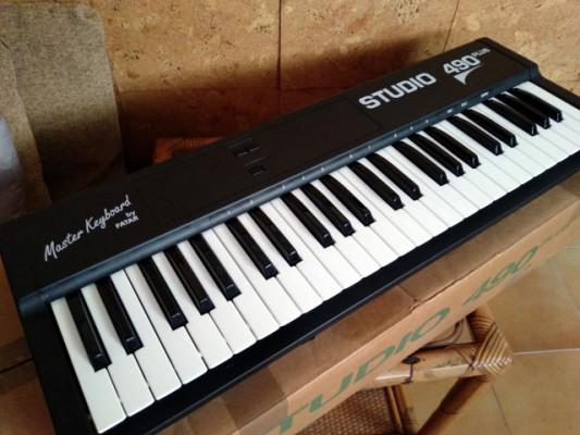 Teclado master MIDI Fatar Studio 490 plus