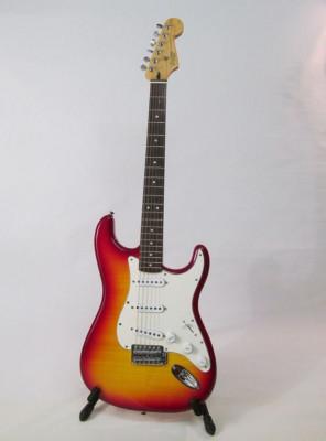 Vendo Fender Squier Stratocaster Vintage Cherry Sunburst