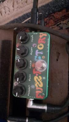 Pedal Clon Zvex Fuzz Factory