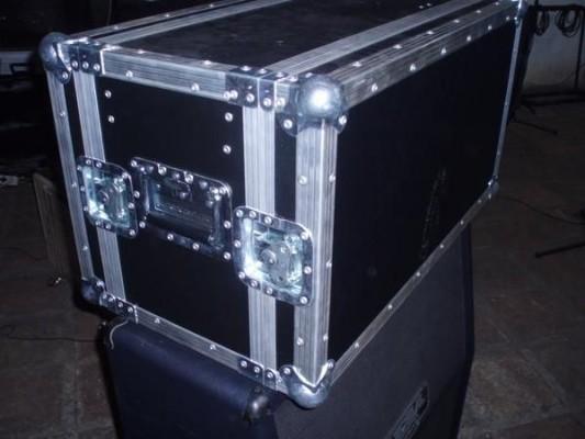 Compro flightcase para mesa bogiie triple rectifier