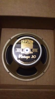Celestion V30 a 8 ohm nuevo.