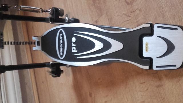 millenium pd 111 pedal de bombo