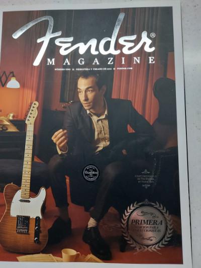 Primera edición fender magazine